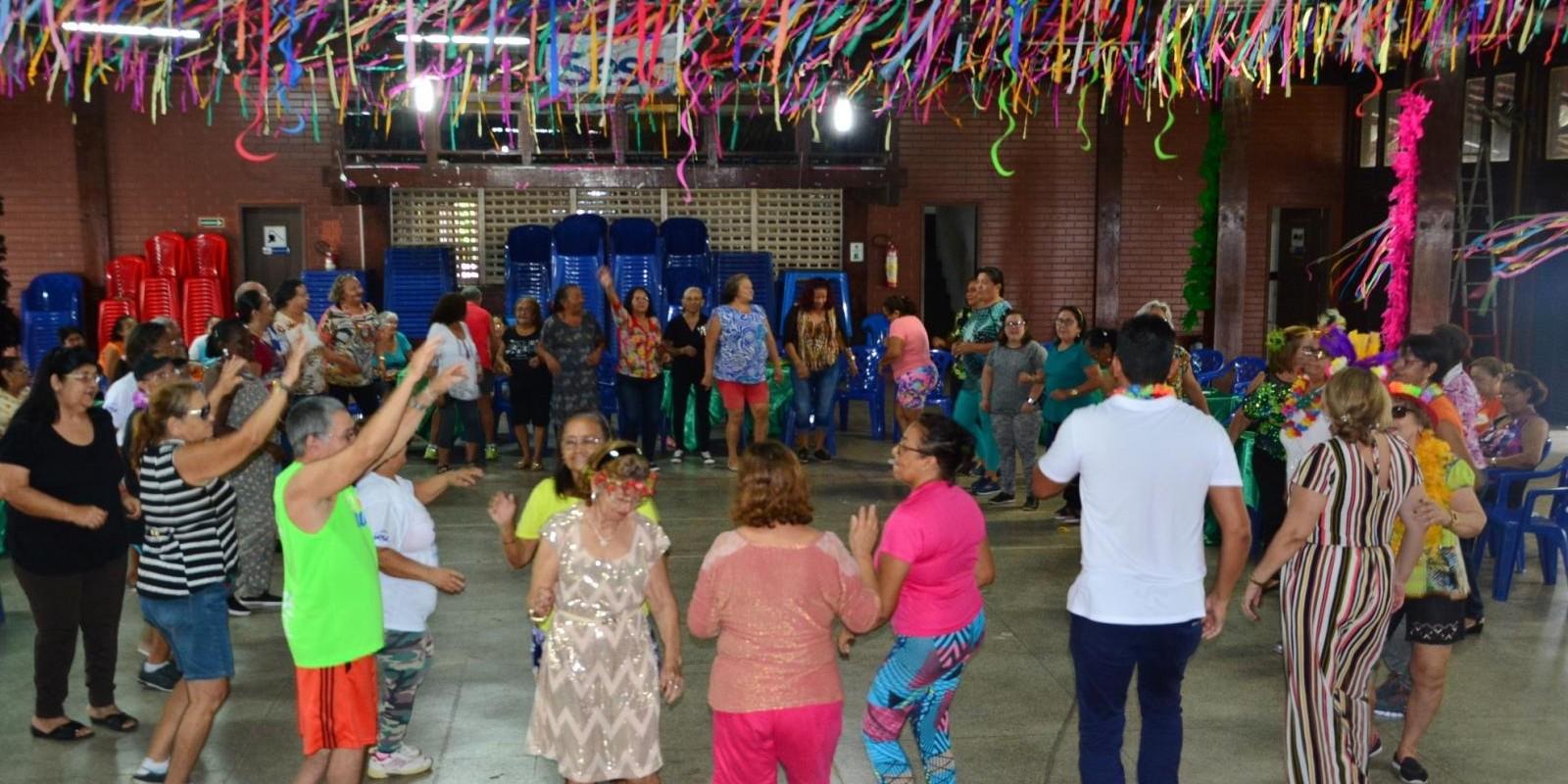 Encontro de Carnaval grupo Alegria de Viver