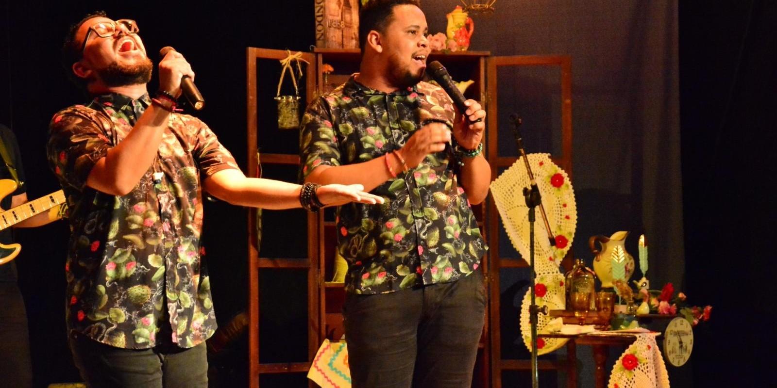 Projeto Movimento Literário com o grupo Poetas Azuis